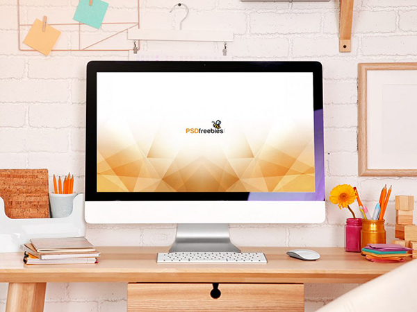 07 Feminine iMac Workstation Mockup